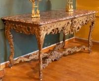Grande console de style Régence en bois doré. XIXème siècle.