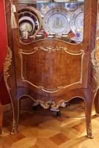 Vitrine St Louis XV