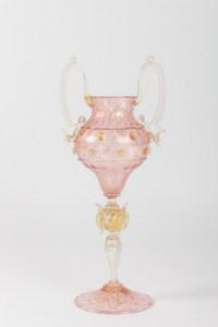 Grand verre Vénitien rose:Salviati ou Fratelli Toso1880