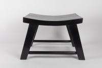 Paire de tabourets en bois de thé noirci des années 1950 de Pierre Jeanneret