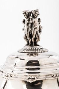 Orfèvre ODIOT - Légumier sur son plat en argent massif XIXe