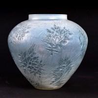Vase « Esterel » verre opalescent double couche patiné bleu de René LALIQUE