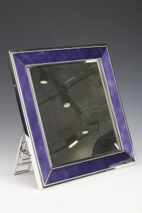 Miroir de table en argent massif et émail bleu XXe