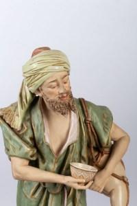 Vendeur d'eau et femme revenant de la pêche, Royal Dux Bohemia, première moitié XXème