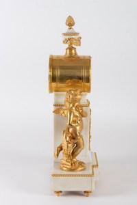 Pas de Deux-Pendule à figures de Chérubins dansant.XIXe, Style Louis XVI.