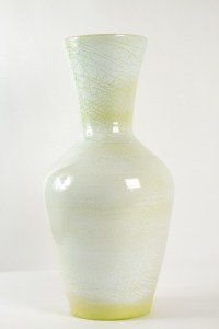 Grand vase signé accolay