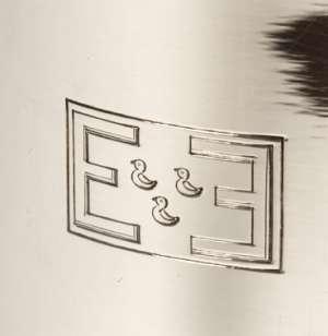 ORFEVRE FJERDINGSTAT - VASE EN ARGENT ART DECO