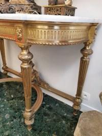 Console doré -antiquaire Biron - galerie de santos