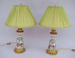 Paire de petites lampes en Porcelaine de Bayeux à la manière de Canton, fin 19e siècle