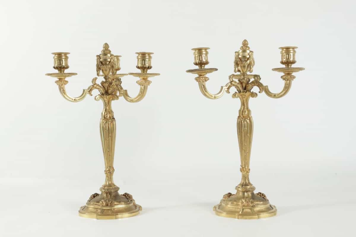Pair of candelabra in the style of Louis XV in gold gilt bronze. 19th Century.