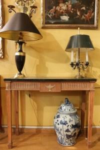 Paire de consoles de style Robert Adams du XIXème siècle
