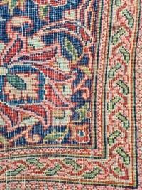 Rare Tapis Kashan Laine Kork Médaillon médaillon représentant un chateaux au bord d'une rivière - Iran Vers 1930
