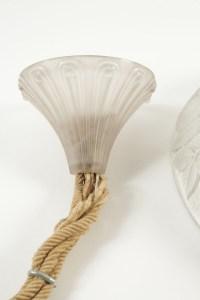 RENE LALIQUE (1860-1945) PLAFONNIER VASQUE « CHARMES »