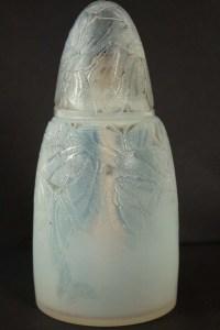 RENE LALIQUE «Papillons» - Brûle-parfum en verre opalescent 1920
