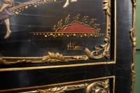 Secrétaire en laque de style Louis XV.