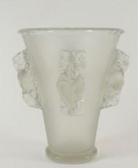 René LALIQUE (1860-1945) Saint-Émilion Vase