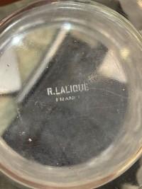 """Vase """"Bacchus"""" verre blanc patiné bleu de René LALIQUE"""