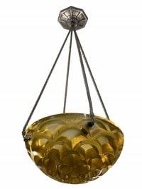 Suspension Plafonnier « Rinceaux » verre jaune de René LALIQUE