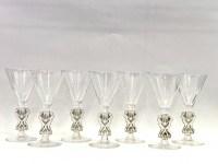 """Suite de Huit 8 Verres à Madère """"Strasbourg"""" verre blanc patiné gris de René LALIQUE 12.8cm"""