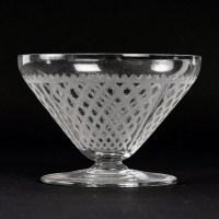 "Service ""Alhambra"" cristal gravé de BACCARAT - 56 verres, 1 carafe"