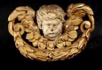 Trois têtes d'ange en bois doré, XVIIIème