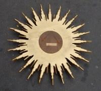 1970' Miroir Soleil Convexe, Résine Dorée 82 cm