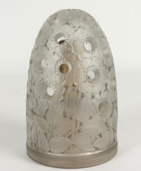 """René Lalique  lampe berger """"Bouton d Or"""""""