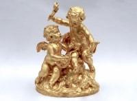 Paire de groupes sculptés en terre cuite dorée, Allégories de la Musique et des Vendanges, XXème siècle