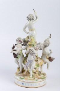 """Groupe en porcelaine """"Les joueurs de Musique"""" 19e siècle"""