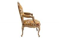 Paire de fauteuils à châssis style Louis XV, noyer rehauts or, vers 1950