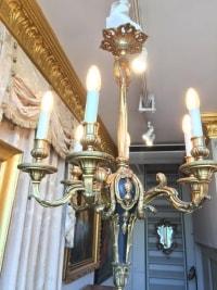Lustre en bronze doré et bois peint, à 6 bras de lumières. Réf: 351