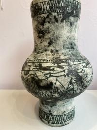 Grand vase par Jacques Blin