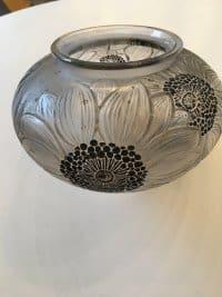 """René LALIQUE (1860-1945). - Vase """"Dahlias"""" (1923)"""