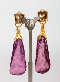 Boucles d'oreilles en pierres violettes