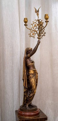 Bronze torchère signé de Guillemin