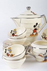 Service Mickey Mouse ( Faience de Onnaing ) Walt Disney 1930