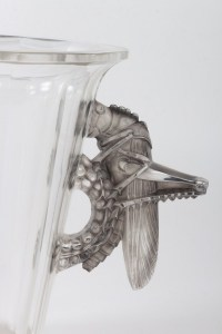 """Vase """"Grillons"""" cristal blanc moulé-pressé taillé et patiné gris de René LALIQUE"""