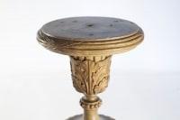 Stèle, présentoir, bois sculpté, doré et peint, XIXème siècle, époque Napoléon III