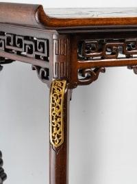 Table signée Viardot.