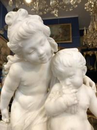 """Marbre blanc de Auguste Moreau """"Enfants à la cage d'oiseau"""""""