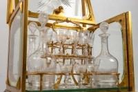 Cave à liqueur en cristal et bronze 19e siècle