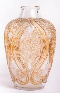 """Vase """"Lézards et Bluets"""" verre blanc patiné sépia de René LALIQUE"""