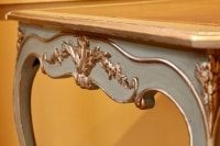 Table à jeux en bois peint de style Louis XV