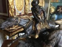 """Bronze """"Cowboy chassant le bison"""", signé ISIDORE BONHEUR. Réf: 374"""