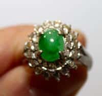 """""""Bague En Jade Vert Naturel, Monture Or Blanc Et Strass"""""""