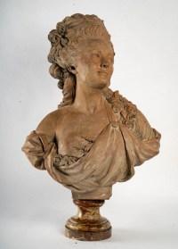 Buste de femme en terre cuite