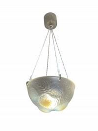 Suspension Plafonnier « Dahlias » verre opalescent de René LALIQUE
