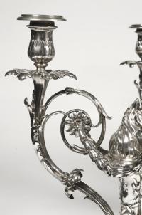 Paire de candélabres en argent, fin XIXe