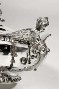 LEGUMIER, SON COUVERCLE ET SA DOUBLURE EN ARGENT - XIXè - FROMENT-MEURICE