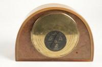 """R LALIQUE (1860-1945) et Ato pendule électrique """"butterscotch"""""""